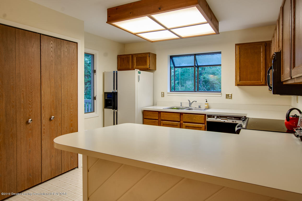 3651 E Meadows Ct 46 - Kitchen - 8