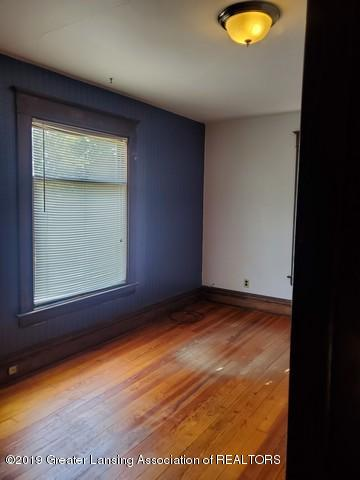 807 N Capitol Ave - Bed1-1 - 24