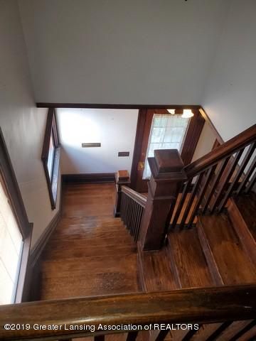 807 N Capitol Ave - Stairs Down2 - 21