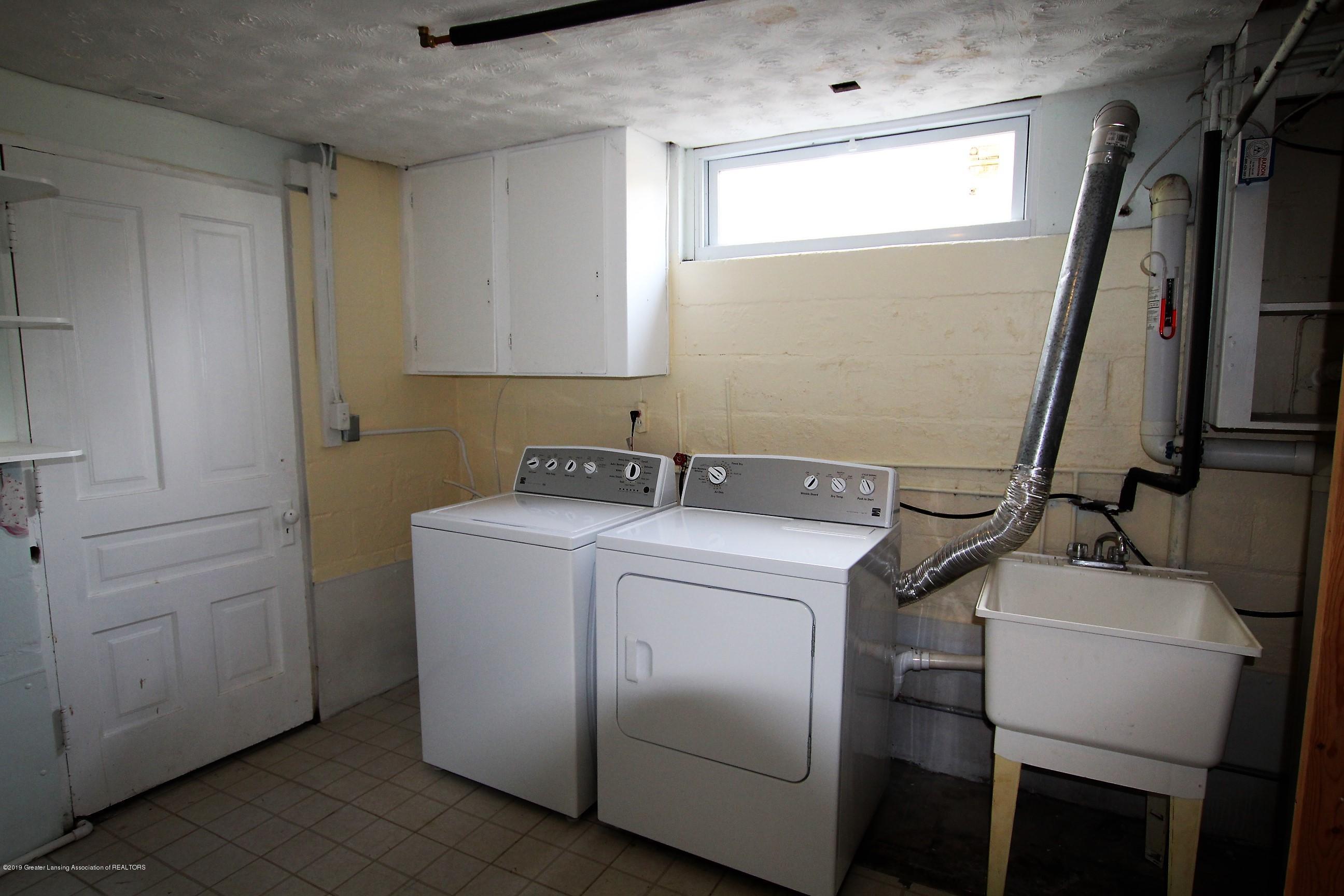 415 Park St  - Laundry Rm - 28