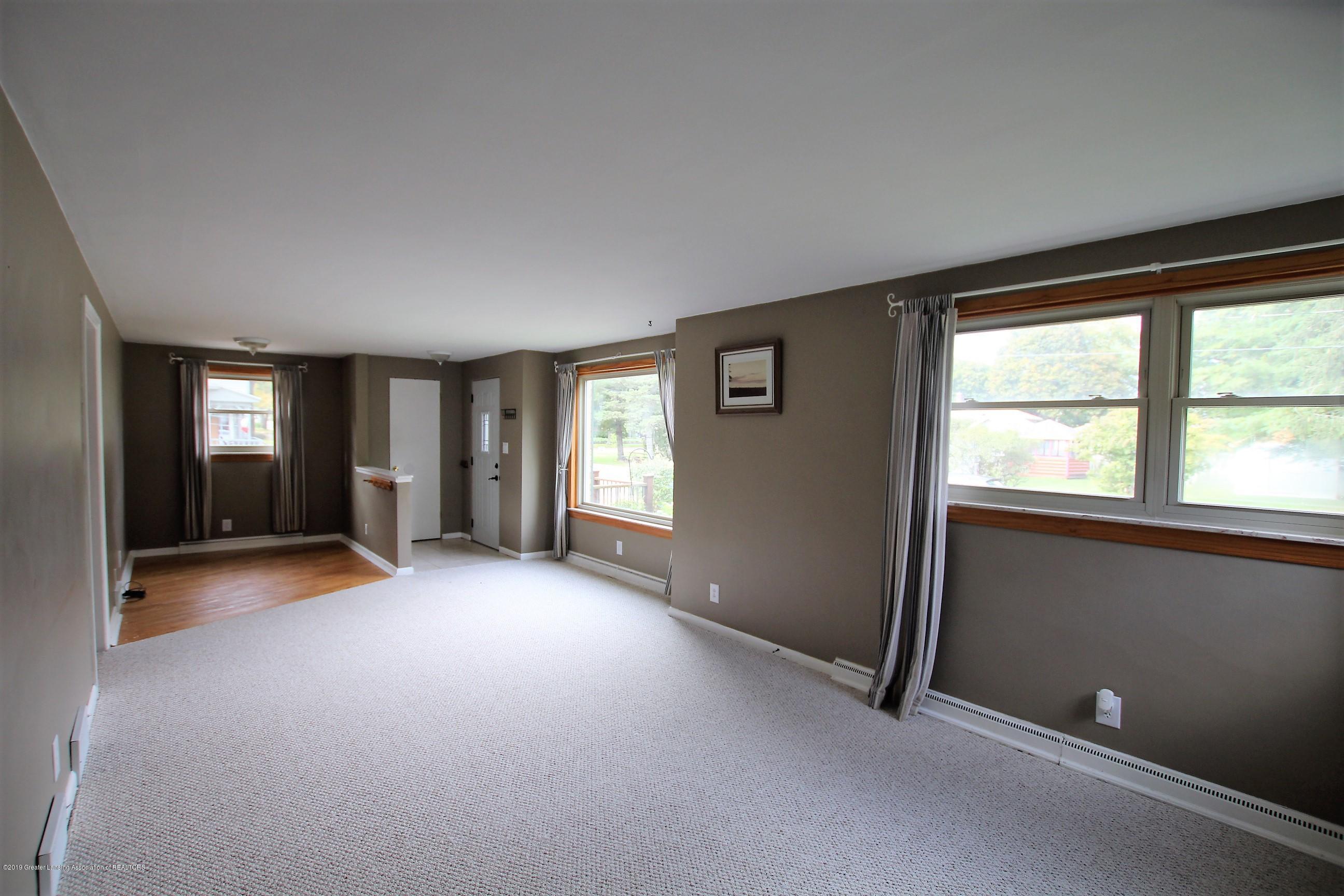 415 Park St  - Living Room - 10