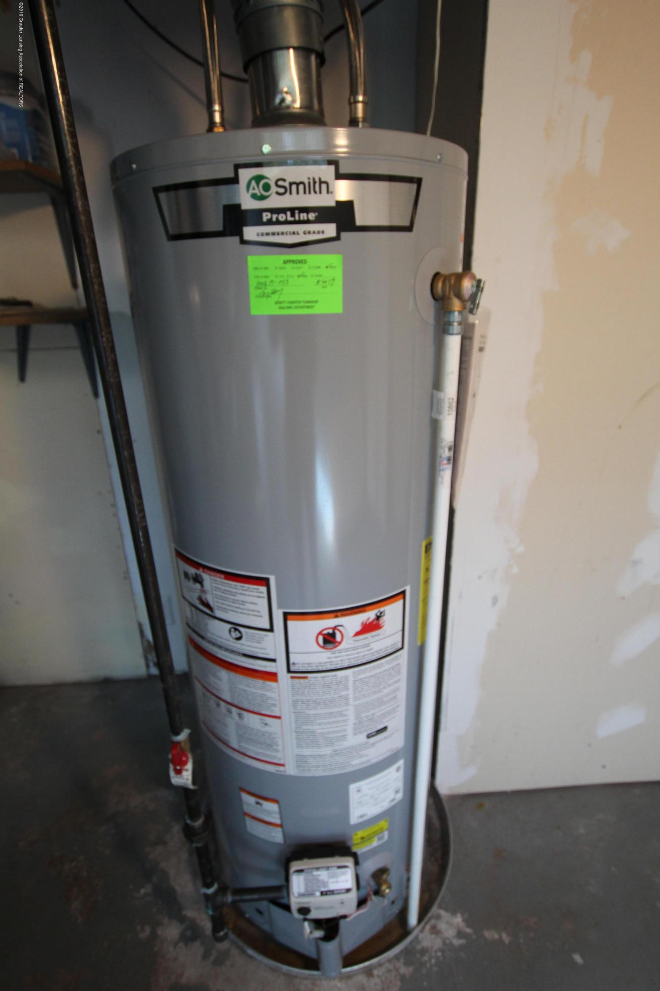 415 Park St  - Water Heater - 31