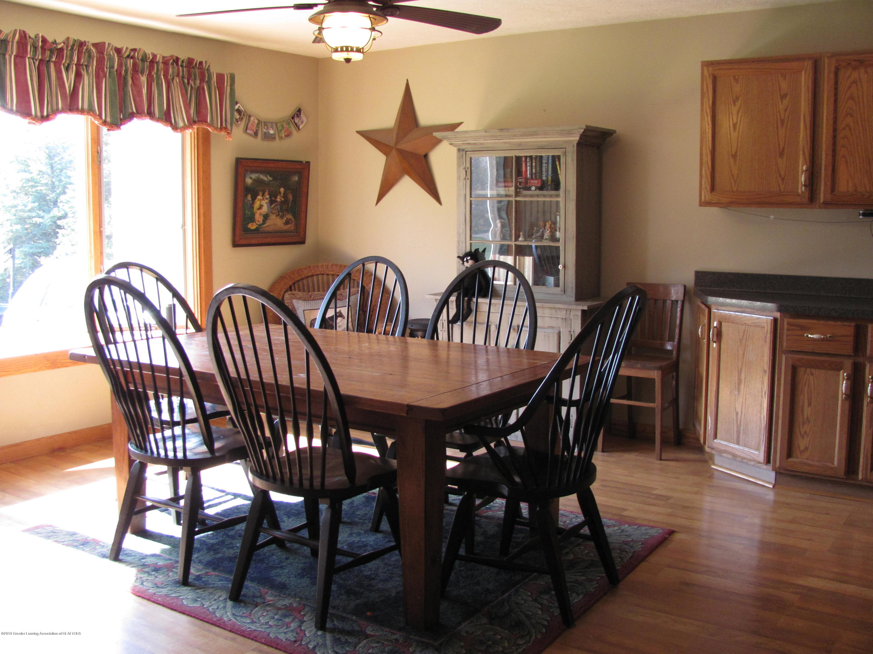 3643 E Vermontville Hwy - Dining area - 13