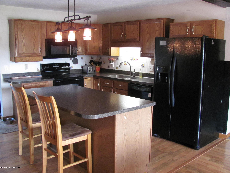 3643 E Vermontville Hwy - Kitchen - 16
