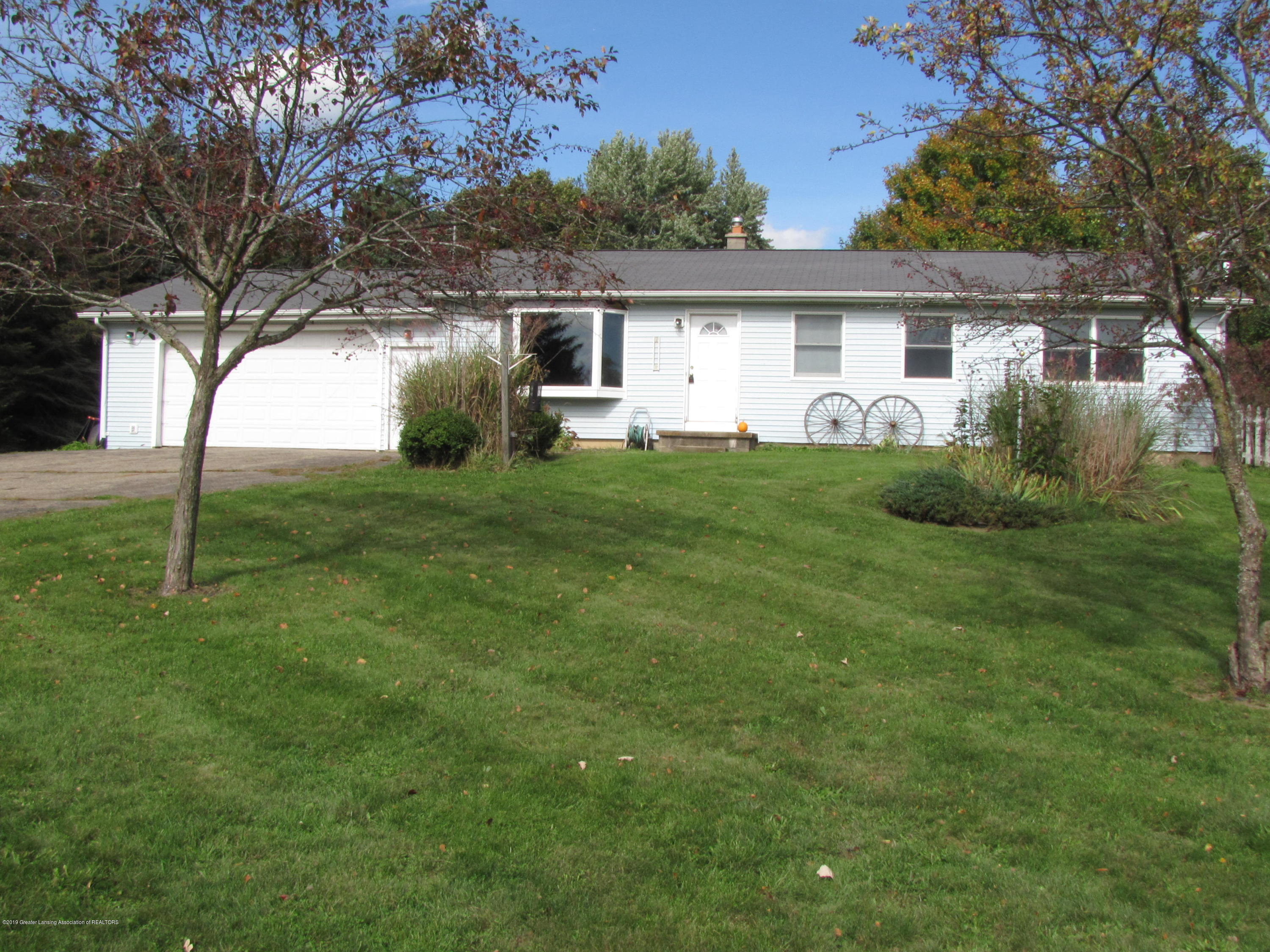 3643 E Vermontville Hwy - Front - 1
