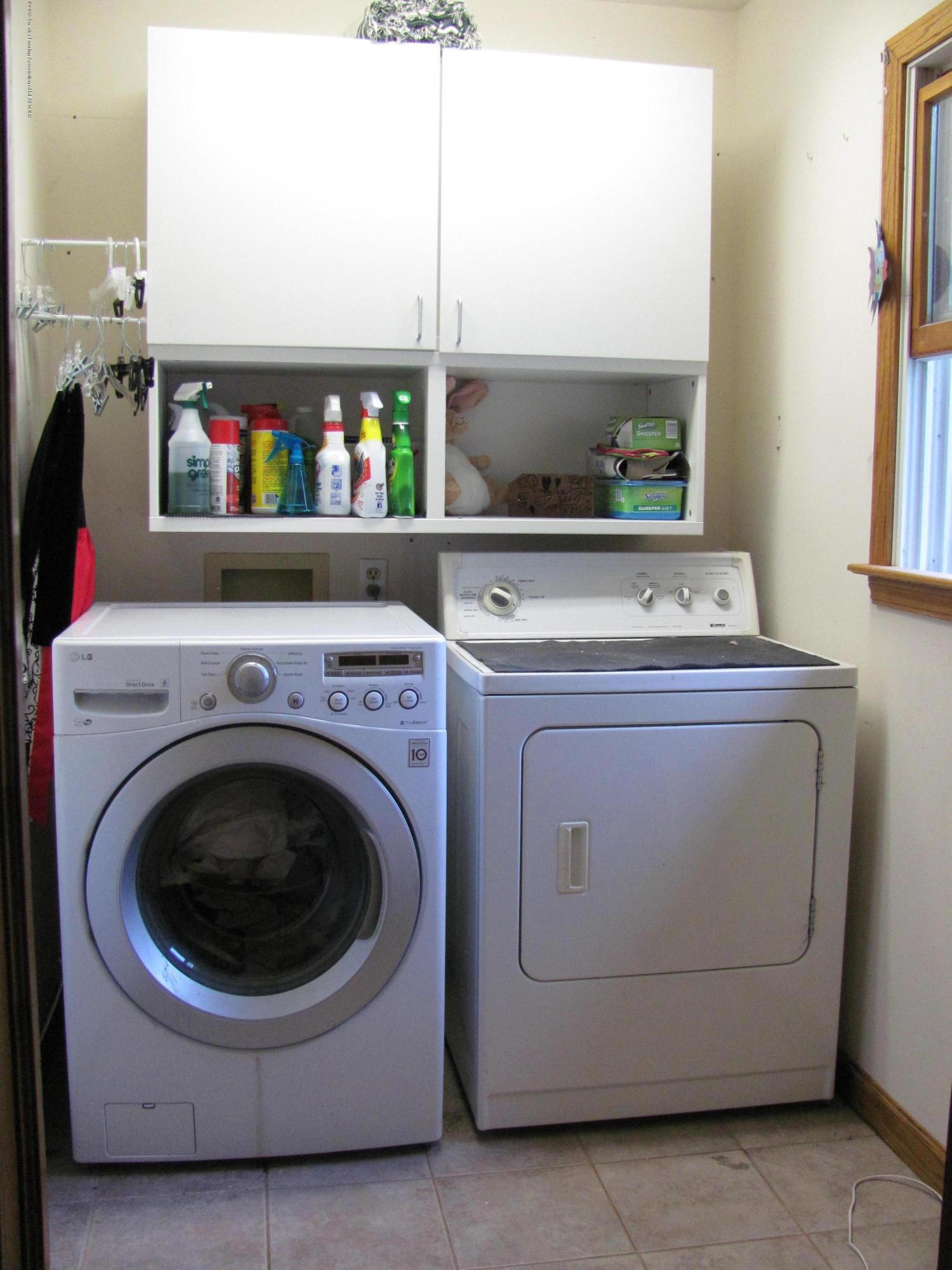 3643 E Vermontville Hwy - Laundry - 26