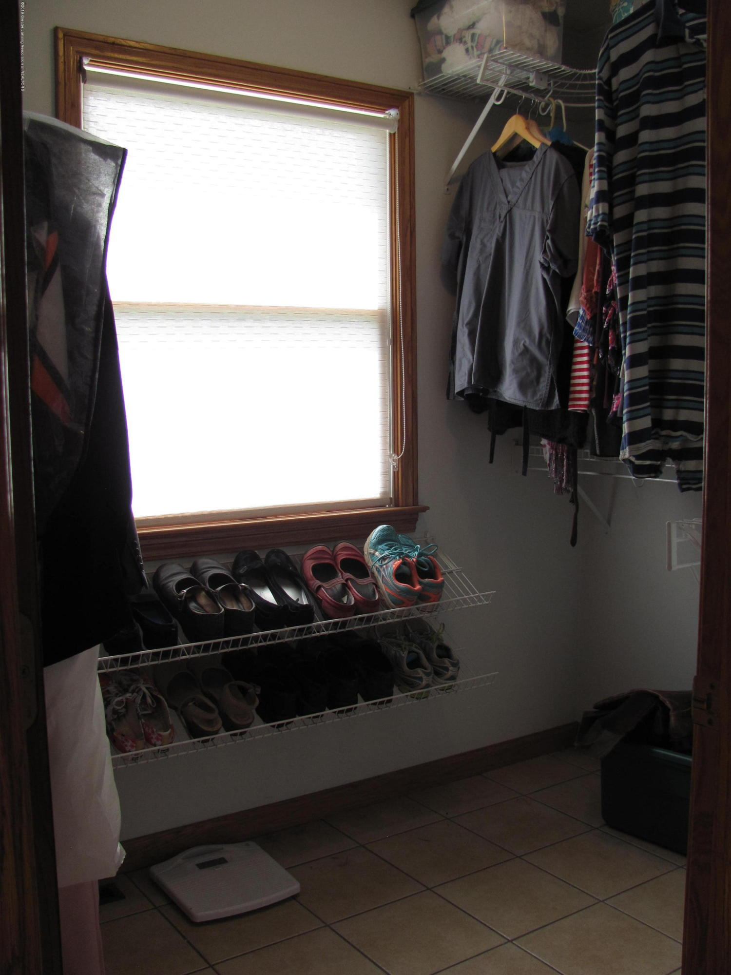 3643 E Vermontville Hwy - Master walk in closet - 35