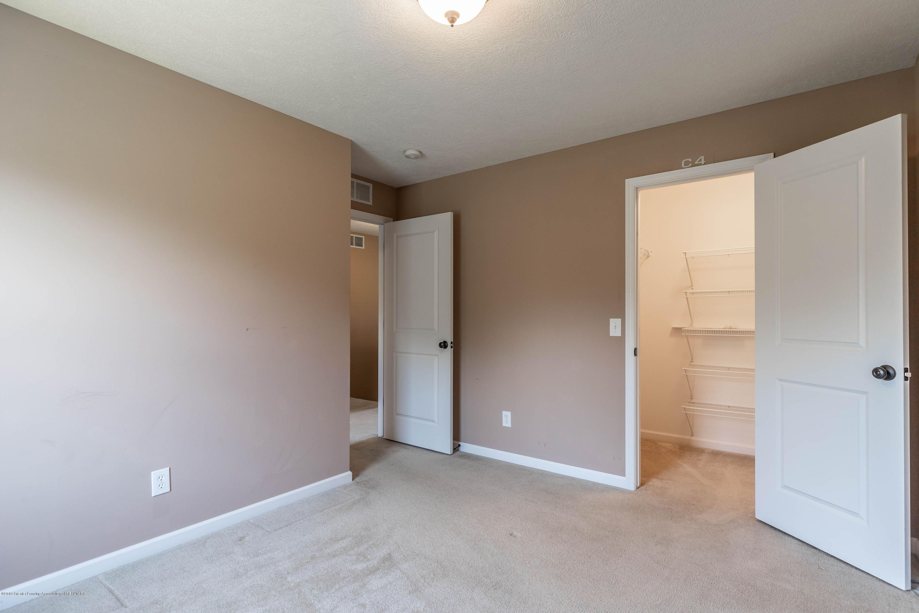 15125 Loxley Ln - loxleybed21(1of1) - 18