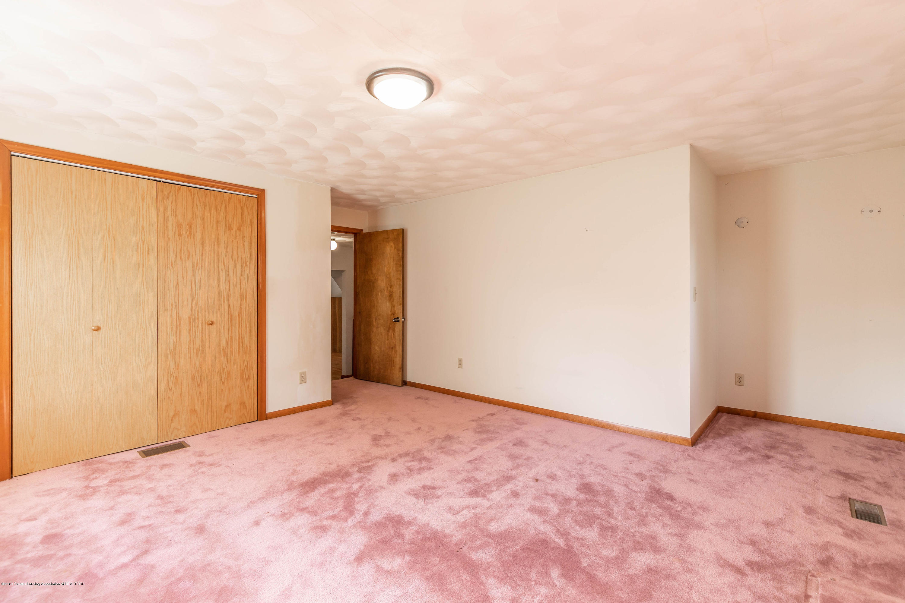828 Hein Ave - heinbed41(1of1) - 24
