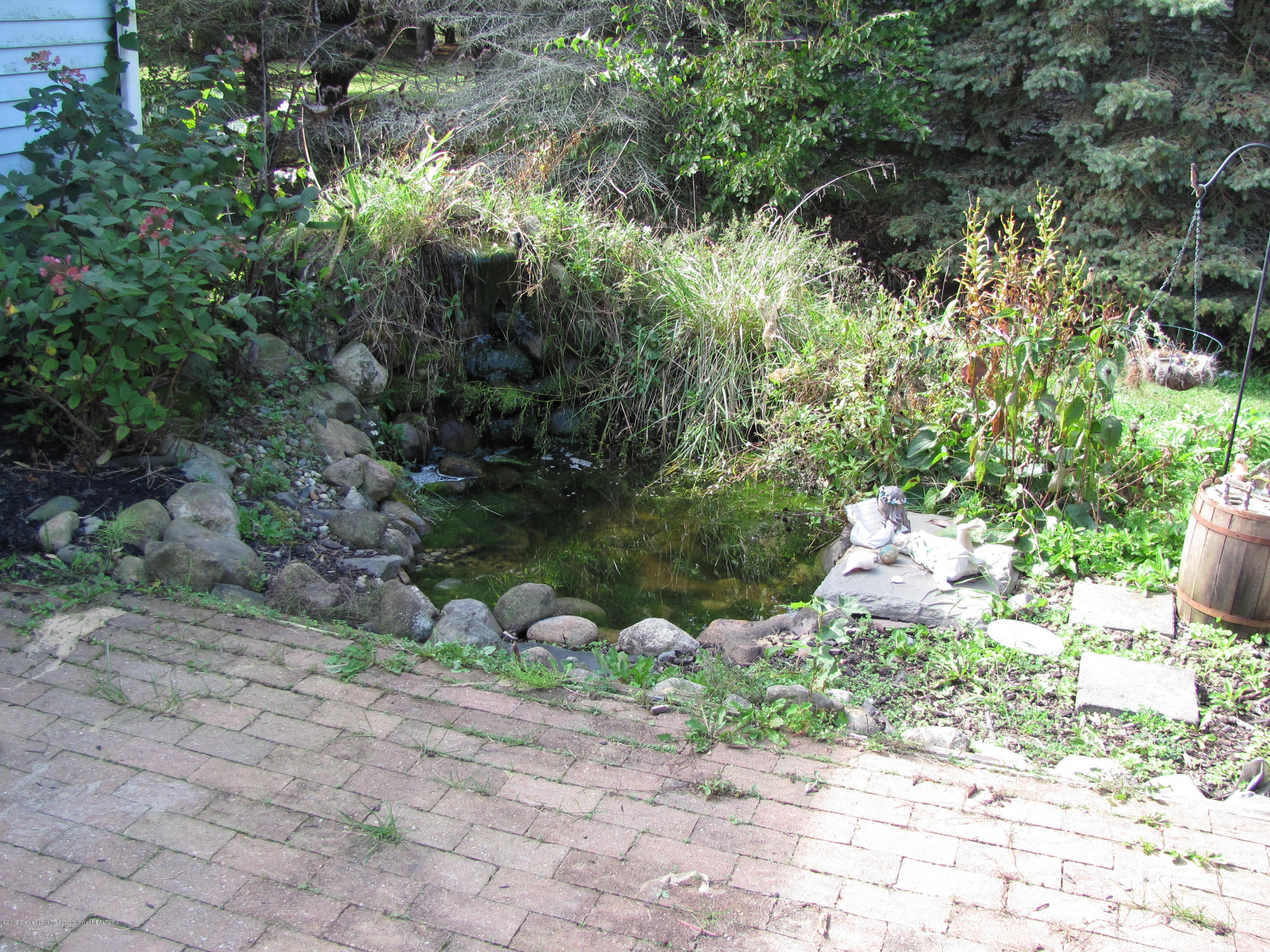 3643 E Vermontville Hwy - pond by deck - 11