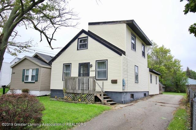 2318 N High St - Front - 1