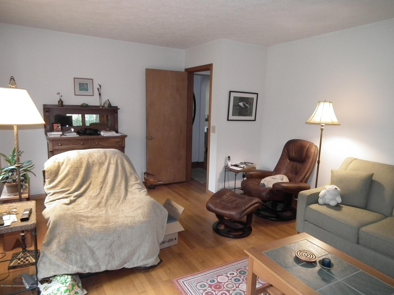 713 Spring St - Family room c - 11