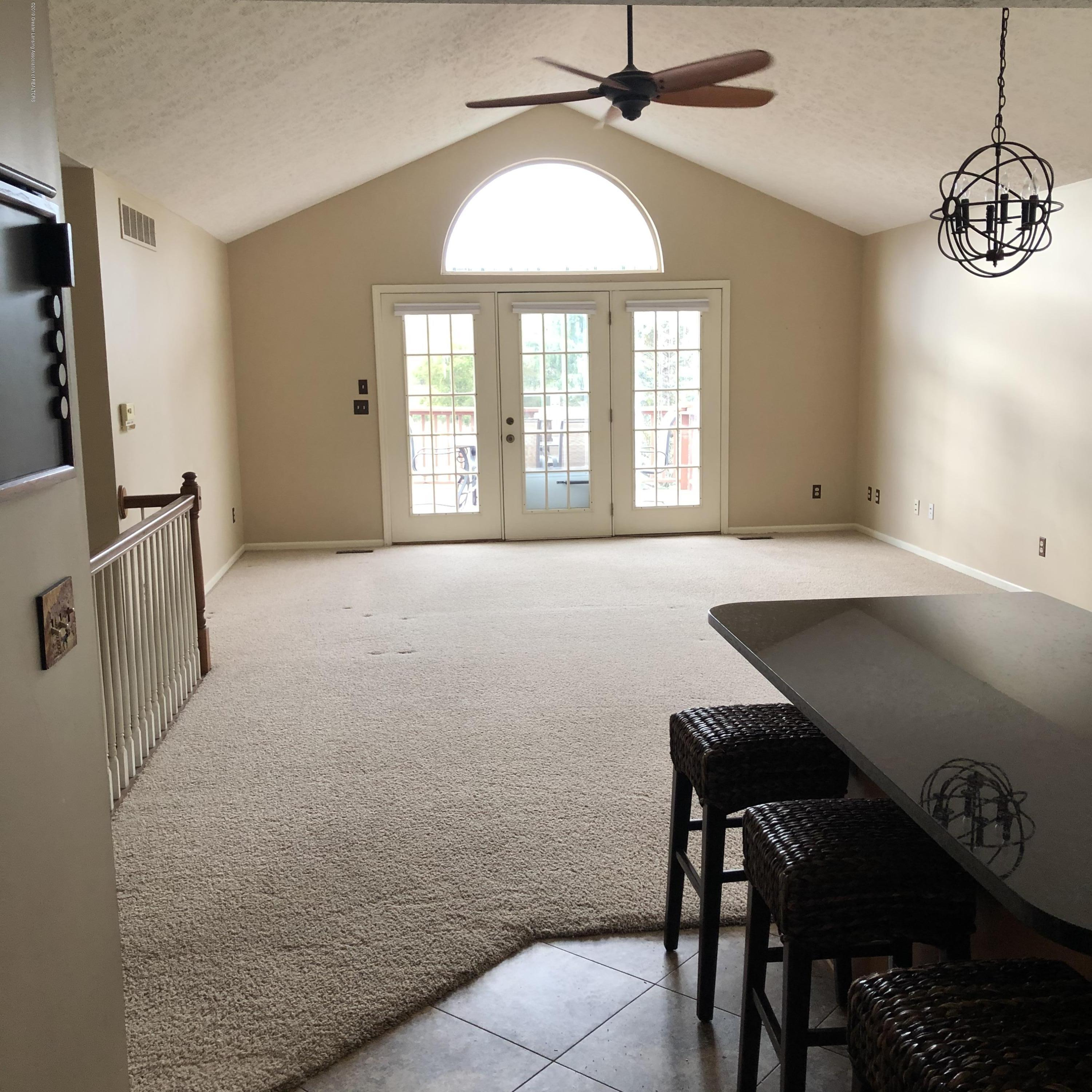 712 Pine Meadow Ln 6 - New Living room - 7