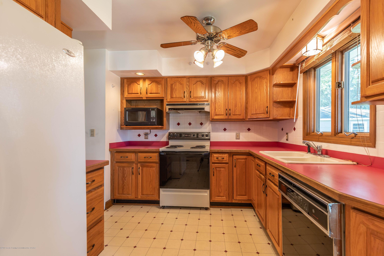 4900 Devonshire Ave - Kitchen - 15