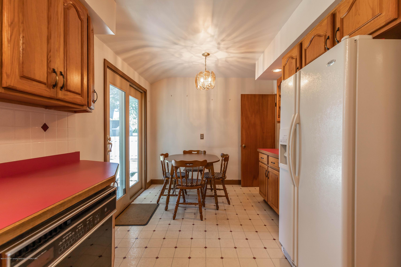 4900 Devonshire Ave - Kitchen - 17