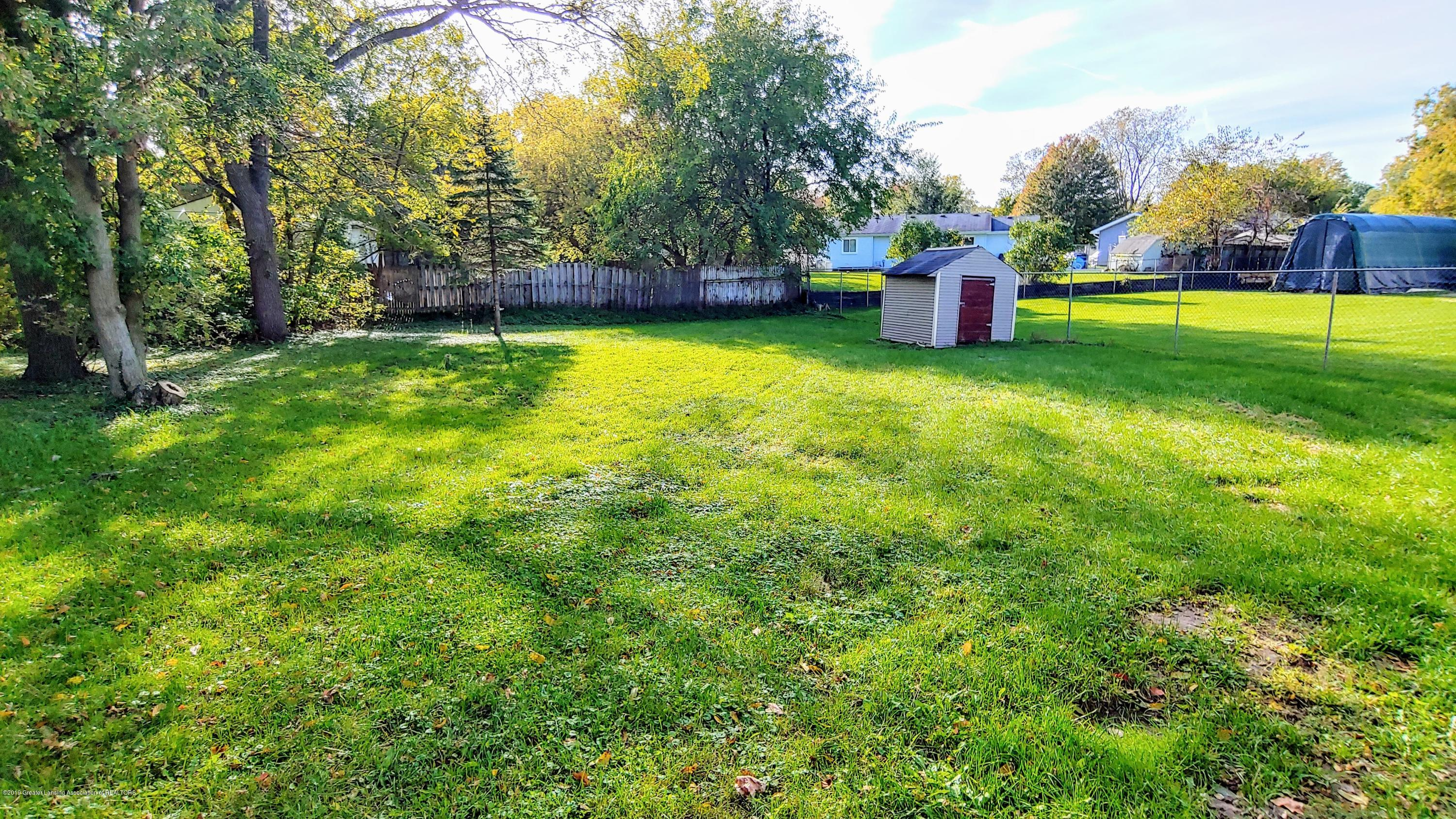 5756 Selfridge Blvd - Huge Back Yard - 18