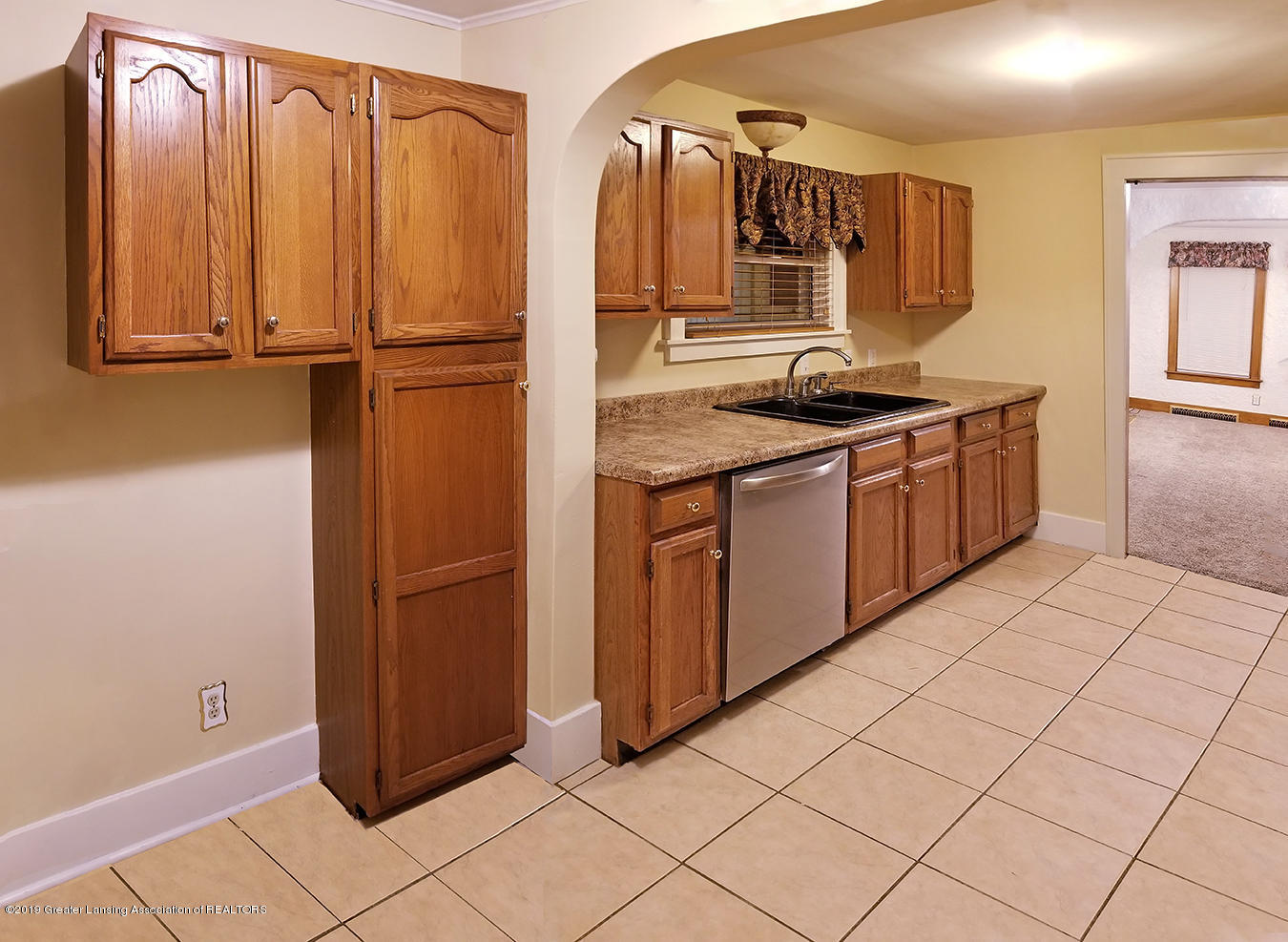 2208 Clifton Ave - Kitchen (view 1) - 12