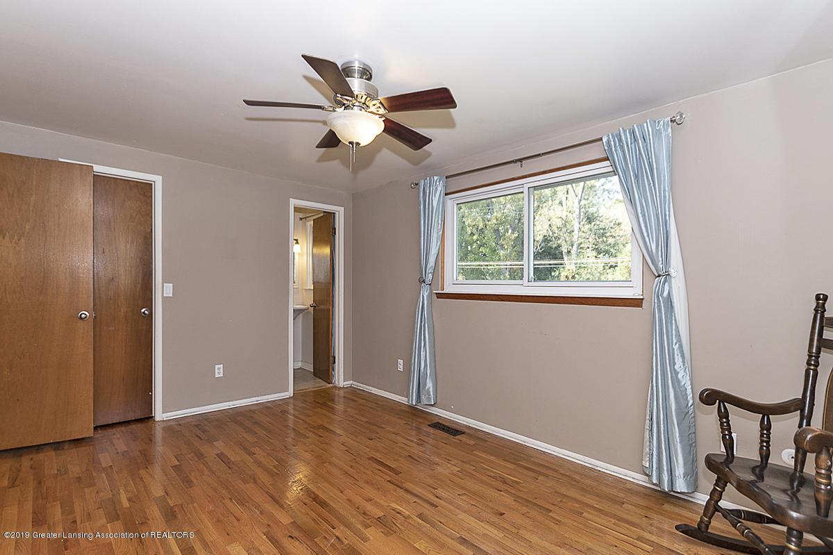 834 Tarleton - 834 Tarleton Master Bedroom 2 - 17