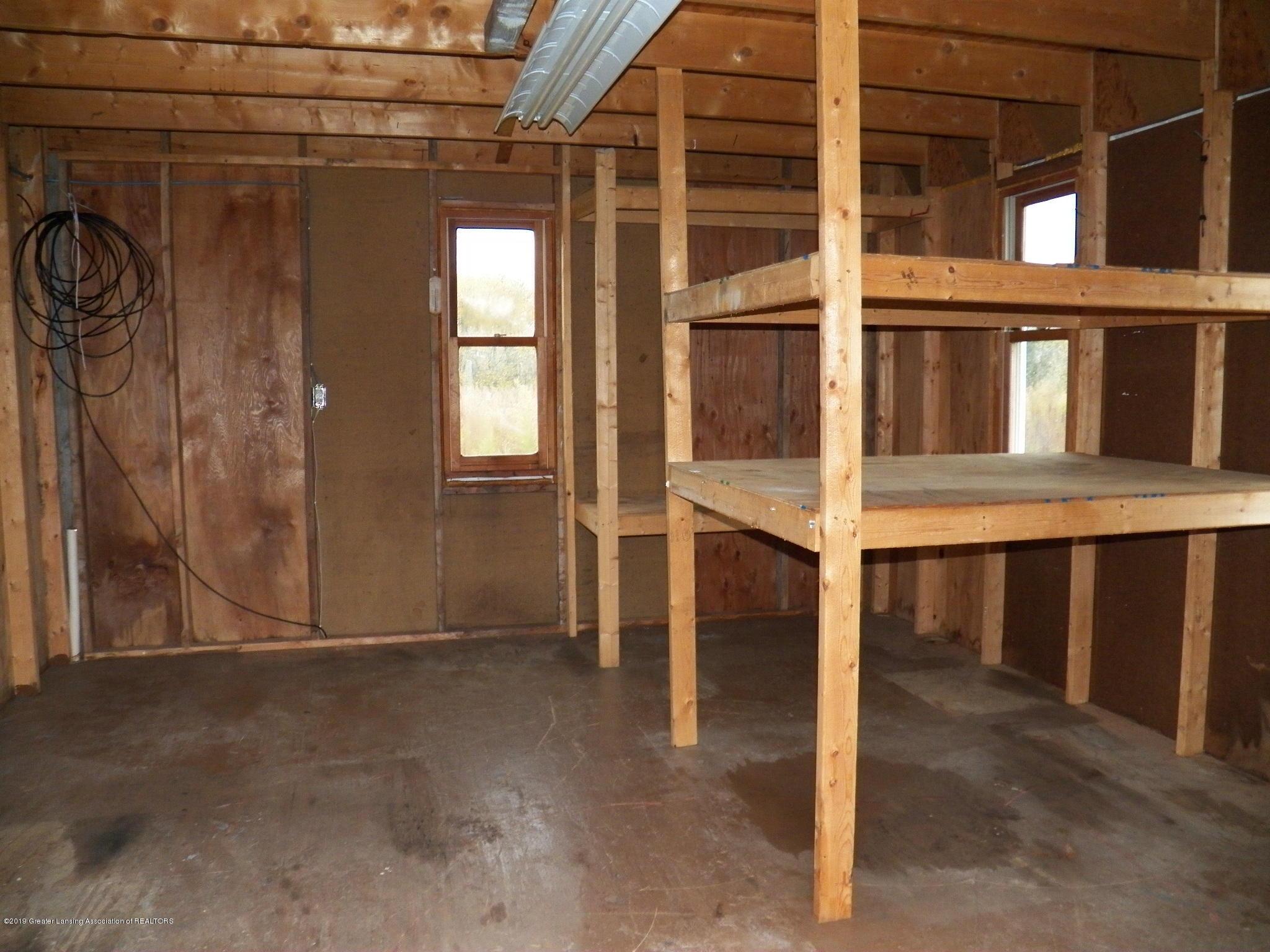 1584 W Barnes Rd - inside shed 2 - 34