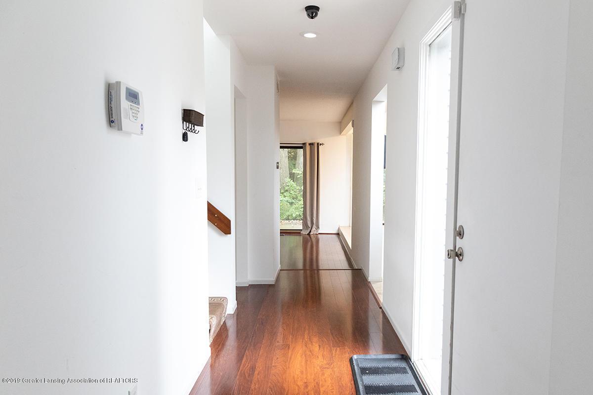 3722 Cavalier Dr 6 - Hallway 1st floor - 4