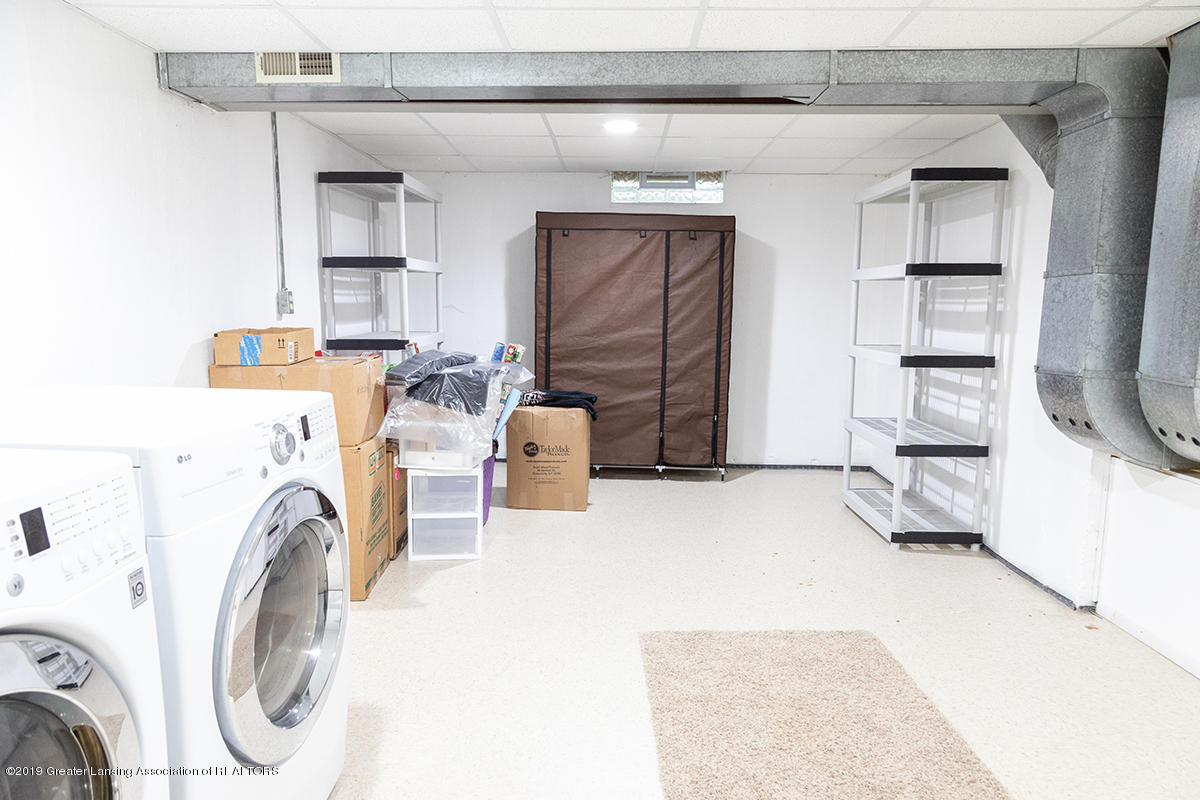 3722 Cavalier Dr 6 - Massive Laundry & Storage Room - 29