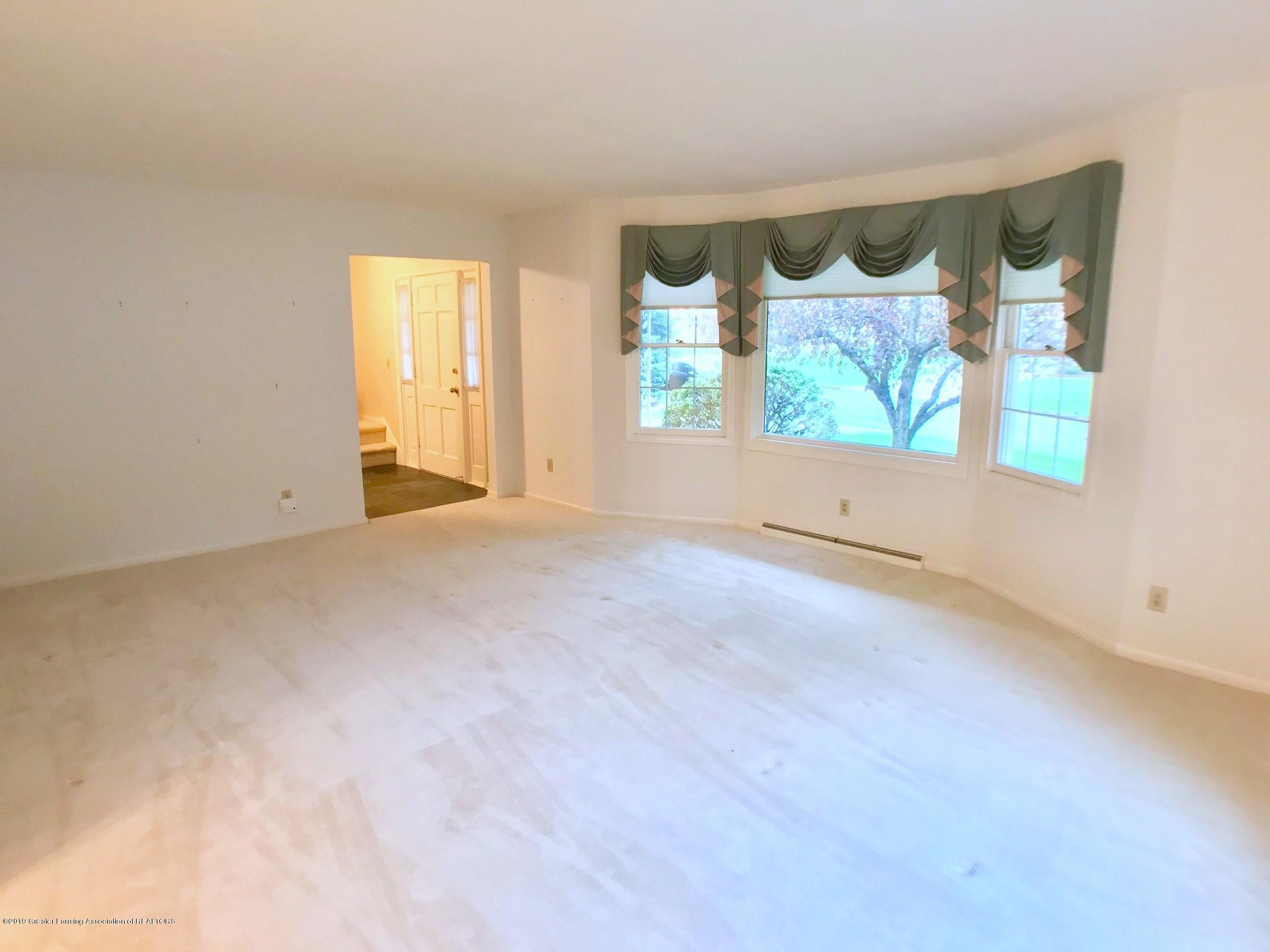 1854 Penobscot Dr - Living Room - 7