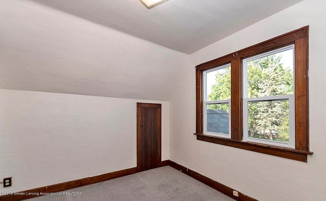 556 N Hagadorn Rd - another bedroom - 5