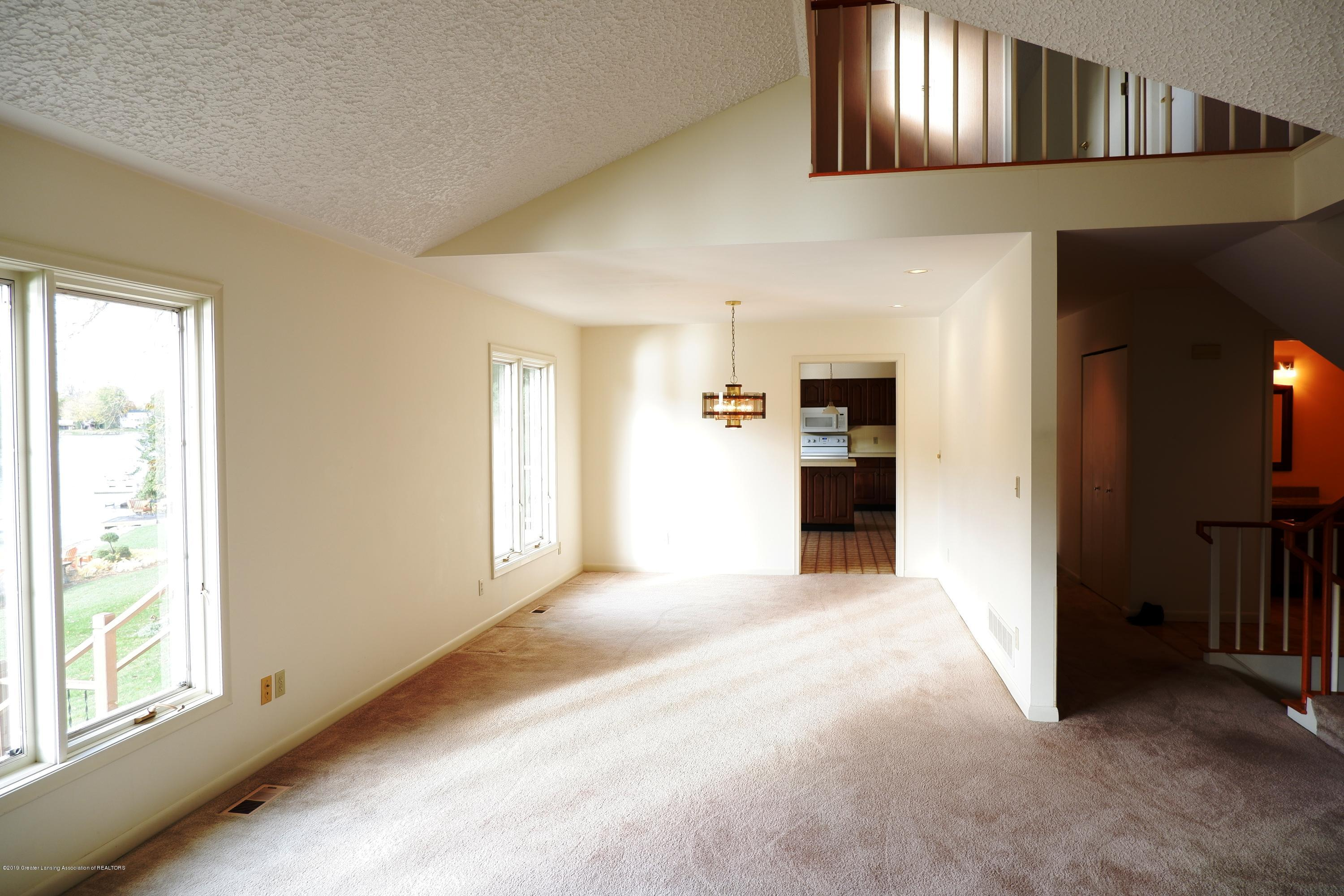 8933 W Scenic Lake Dr - View of dining room - 11