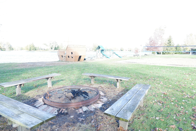 8933 W Scenic Lake Dr - Bon fire area - 46