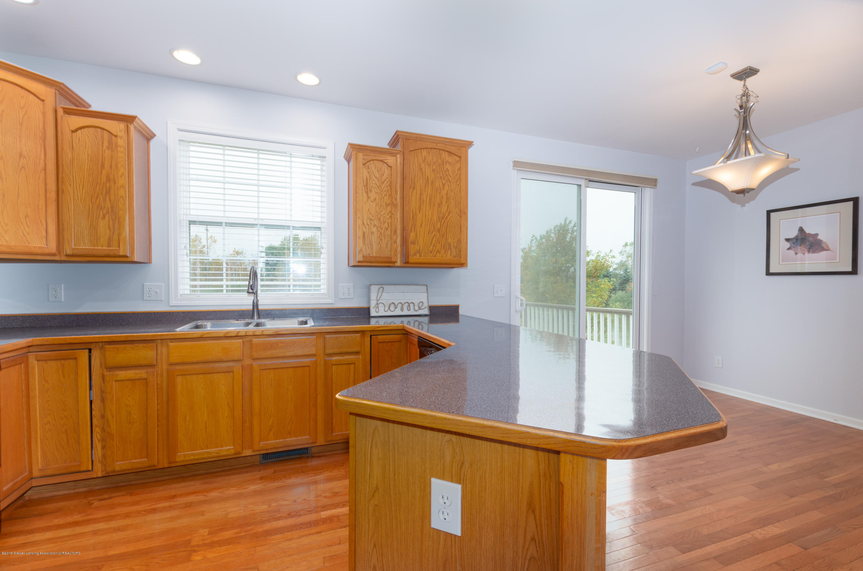 2733 Elderberry Dr - Kitchen - 13