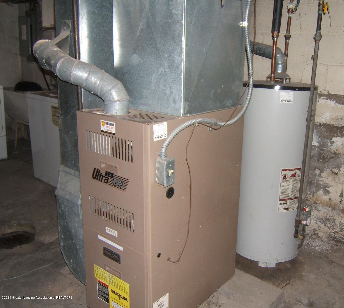 943 Dakin St - Furnace Water Heater - 18