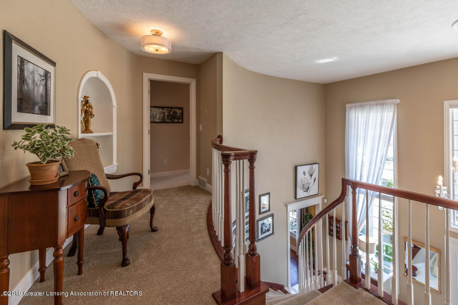 13286 Hide Away Ln - Upstairs Hallway - 19