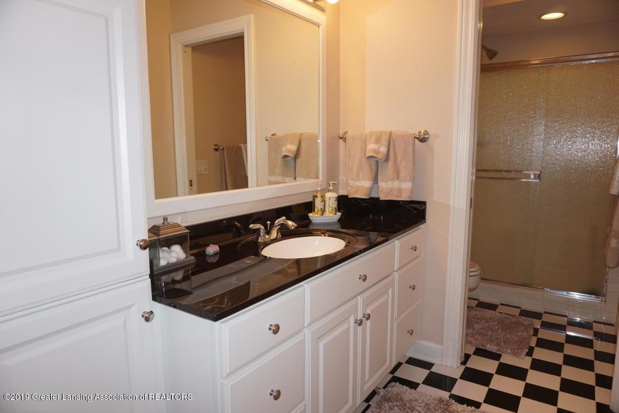 13286 Hide Away Ln - Bathroom - 27