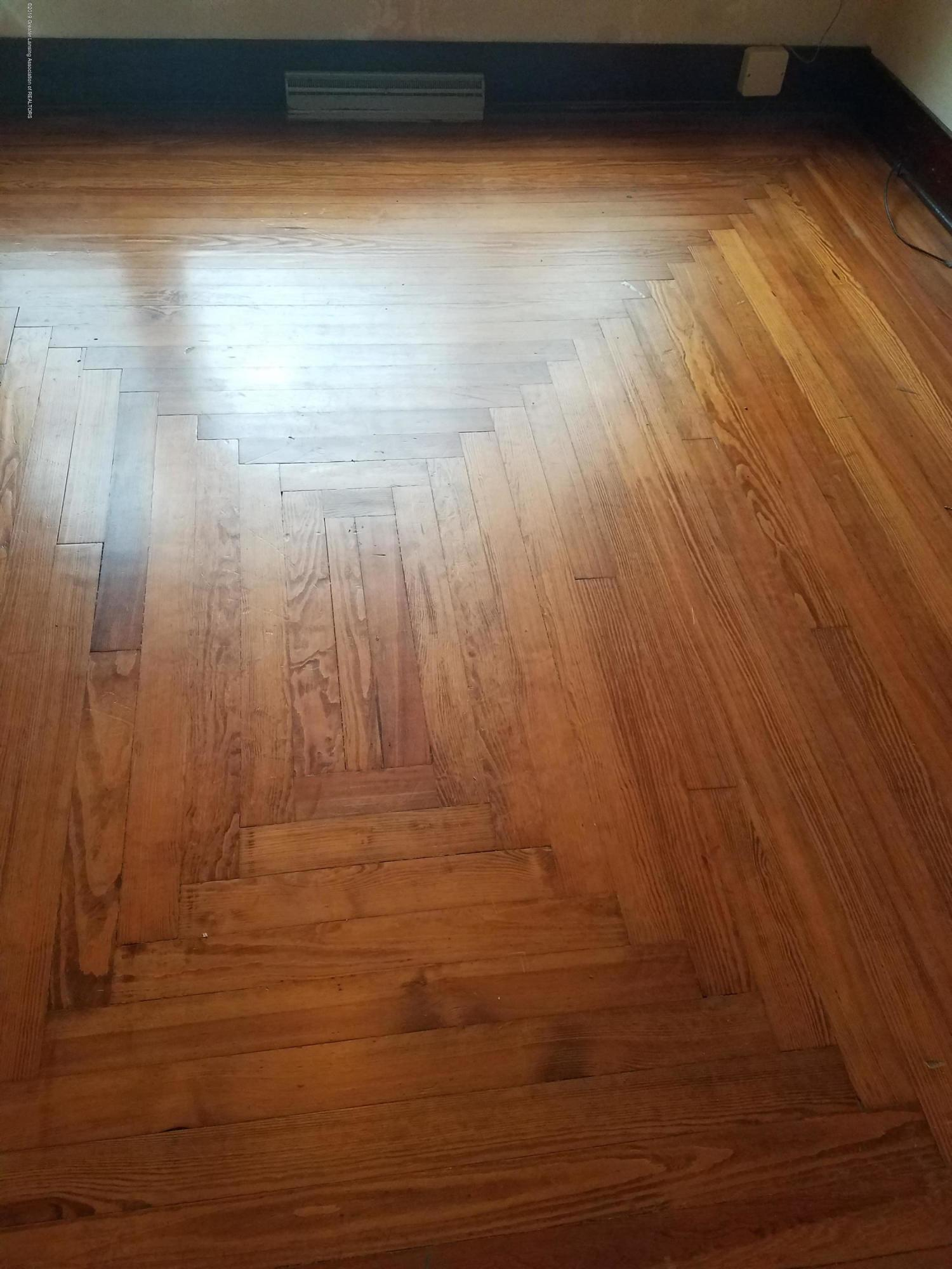 5239 N Forest Hill Rd - Flooring - 12