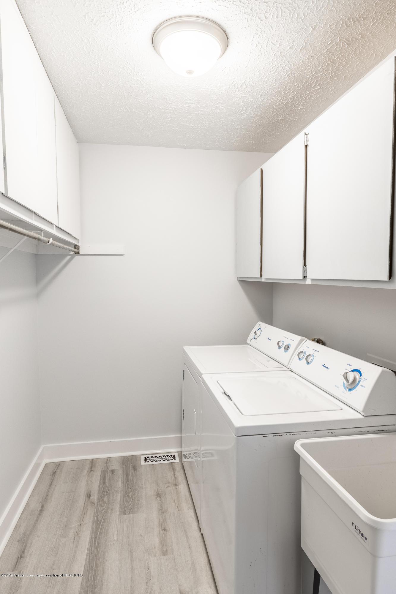 1322 Sebewaing Rd - Mudroom/Laundry - 28