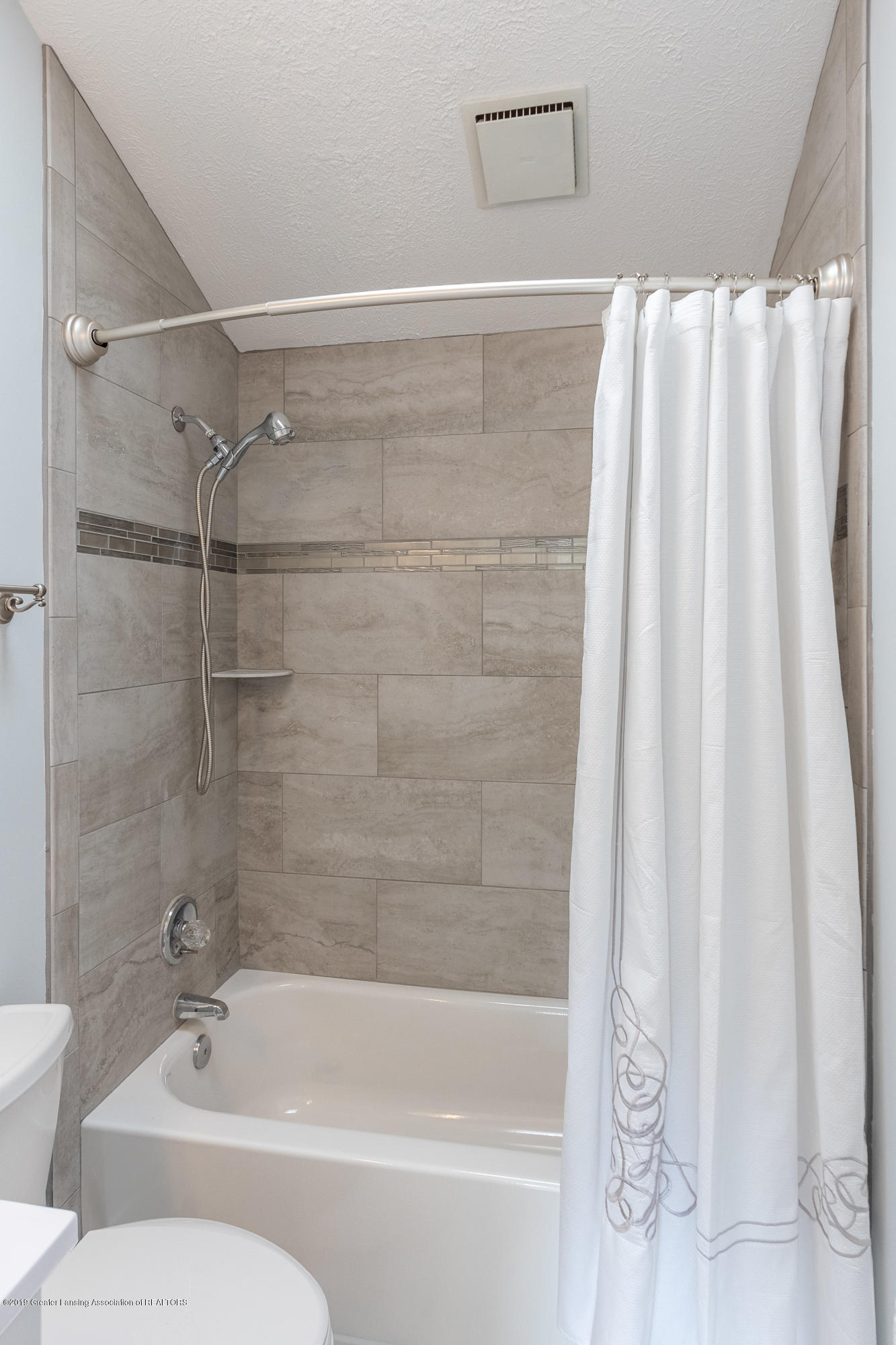 1322 Sebewaing Rd - Master bathroom - 39