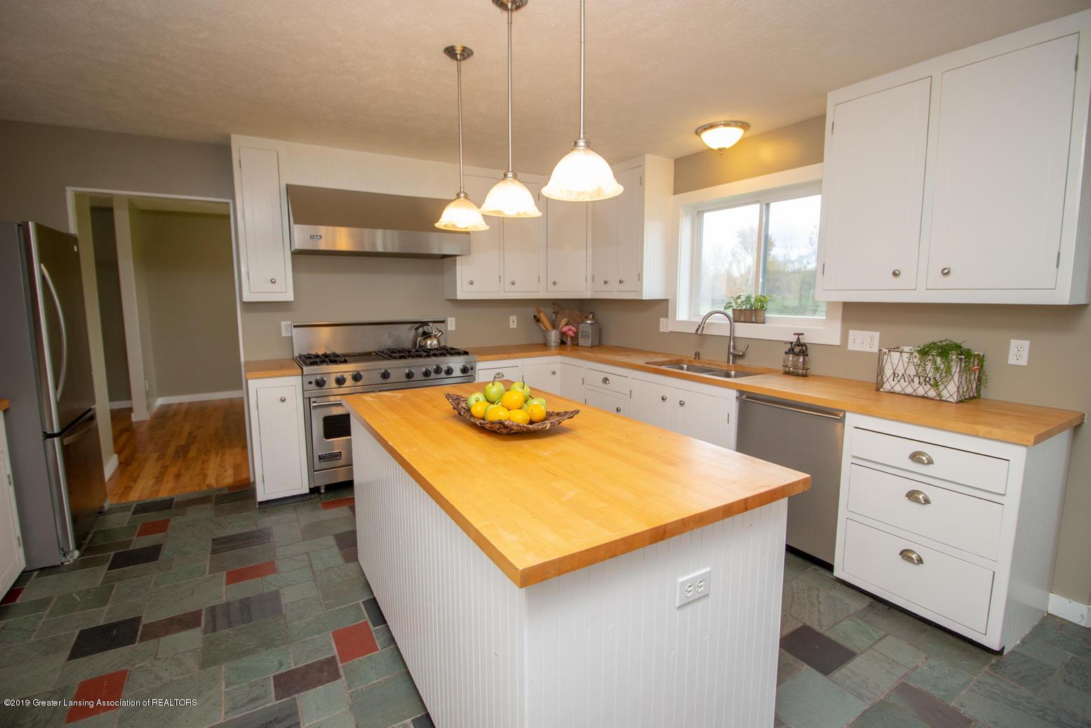 1562 S Waverly Rd - kitchen - 5