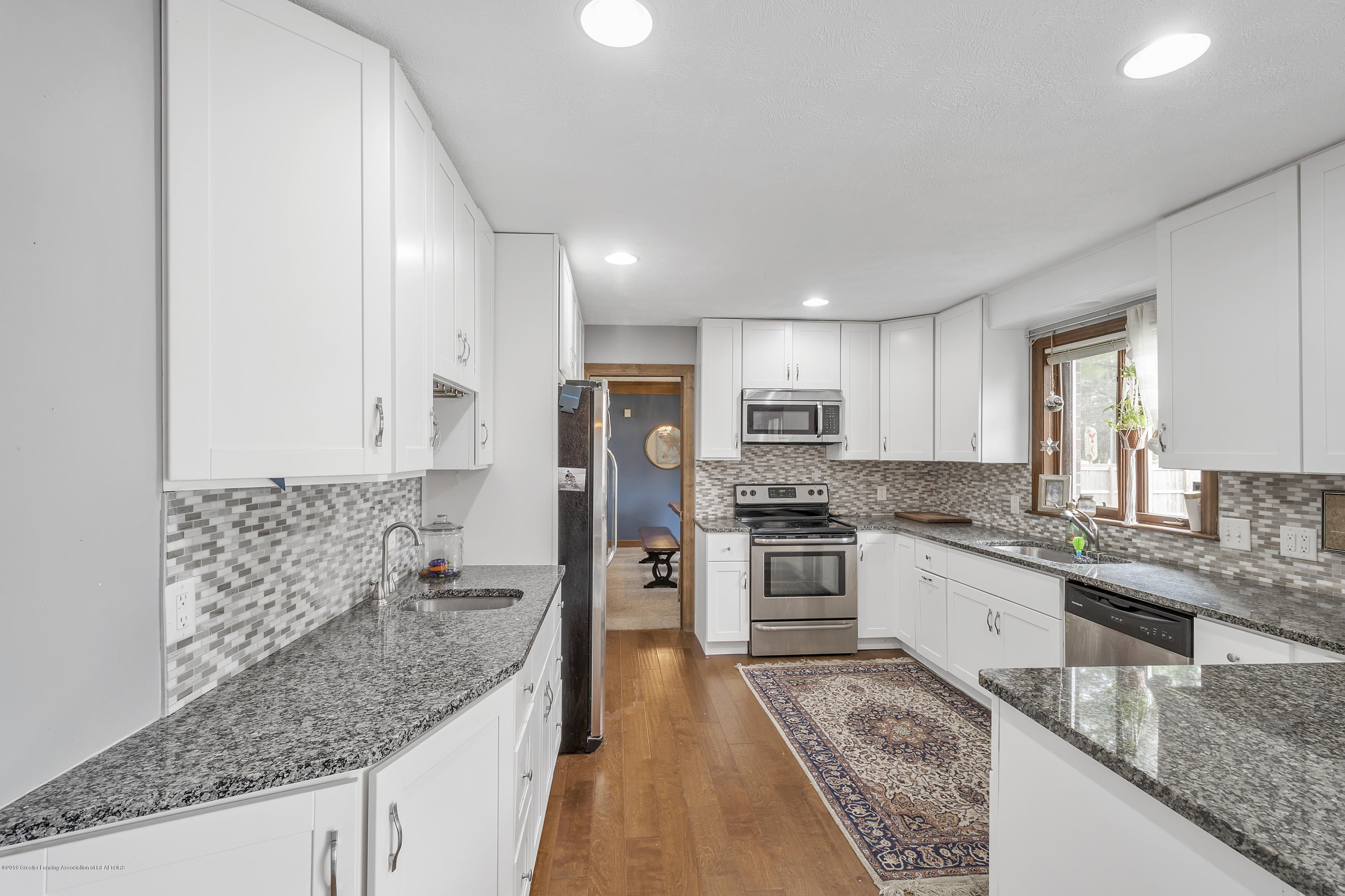 9330 Looking Glass Brook Dr - 9330-Looking-Glass-Brook-Grand-Ledge-win - 7
