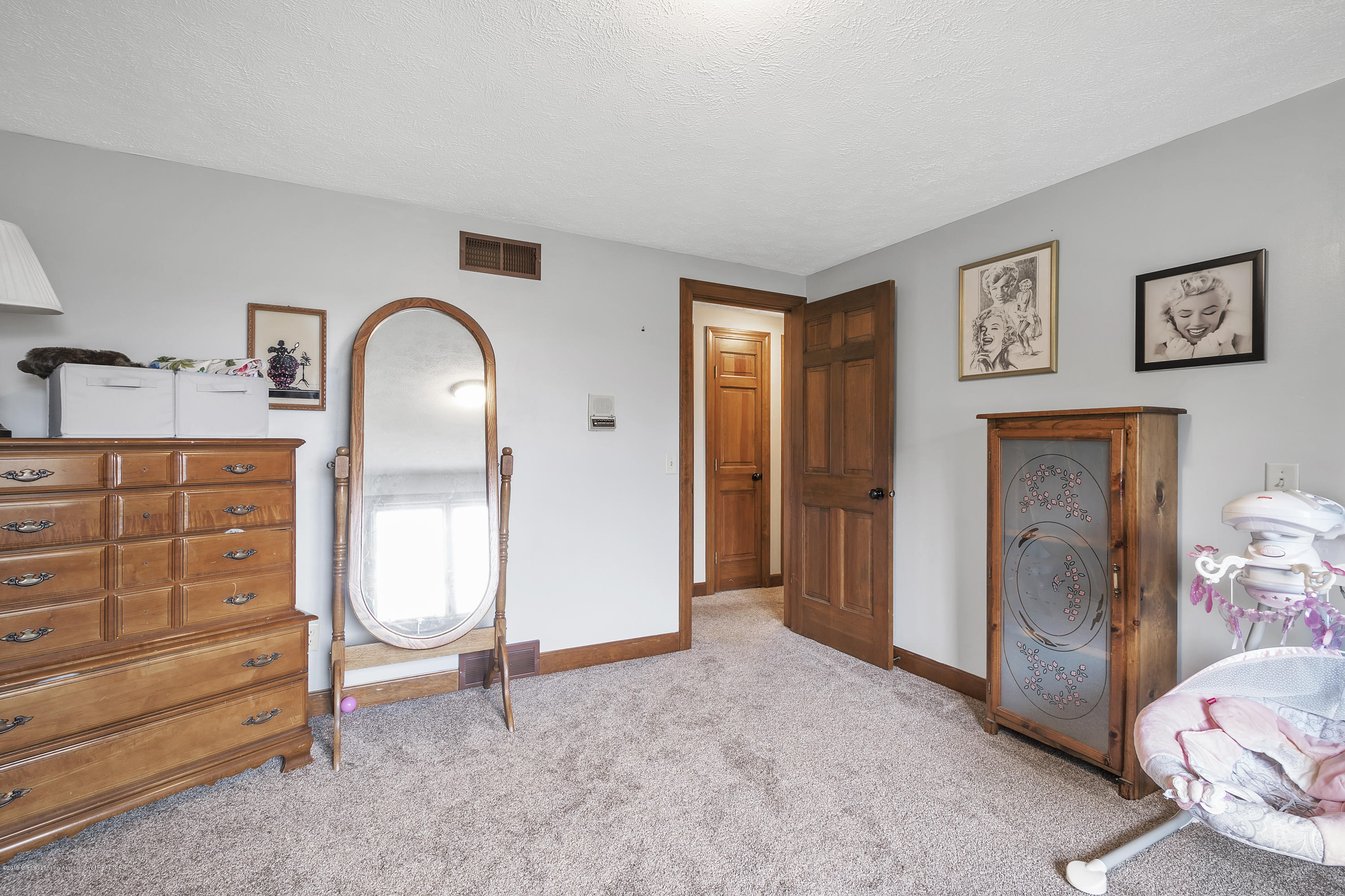9330 Looking Glass Brook Dr - 9330-Looking-Glass-Brook-Grand-Ledge-win - 18