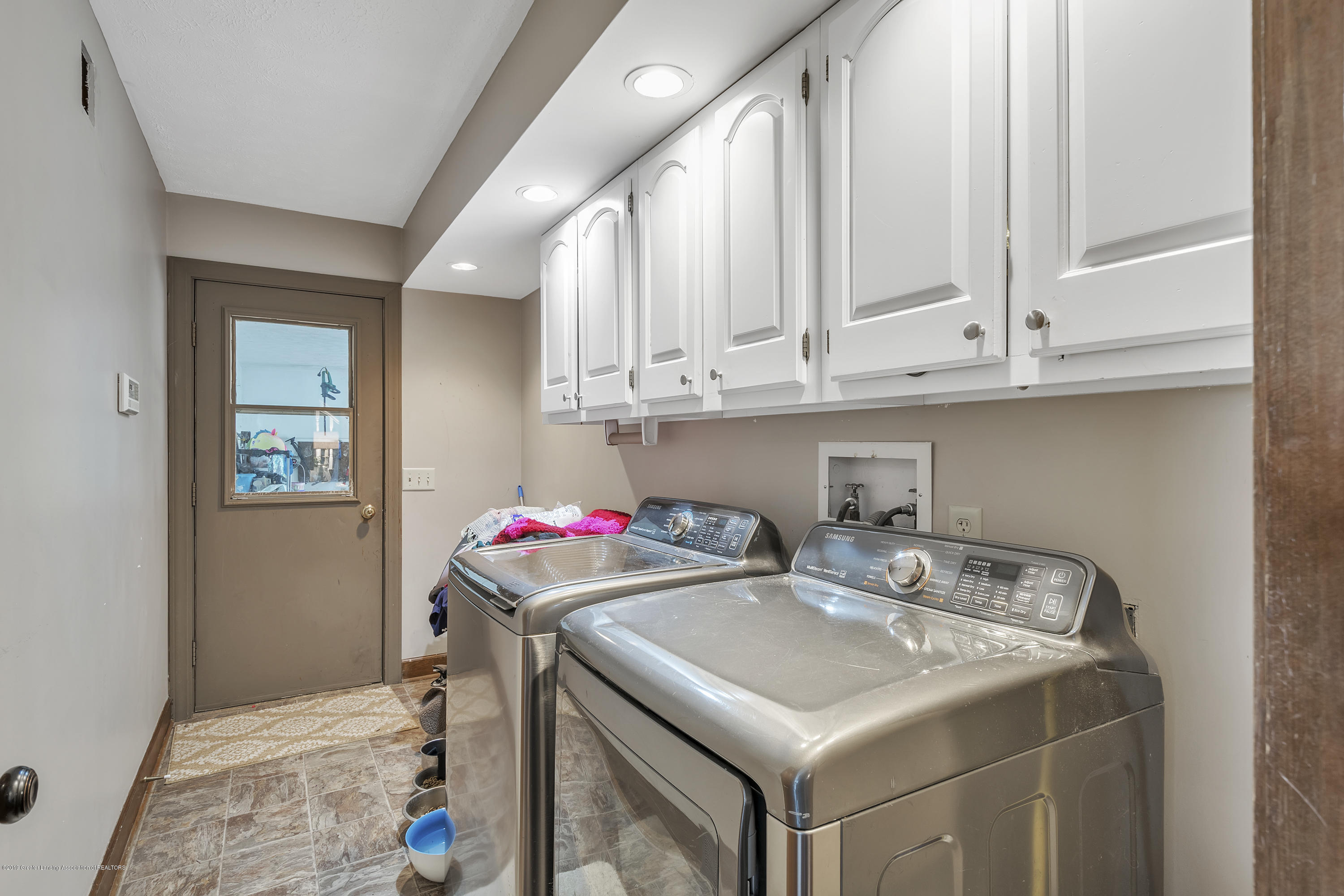 9330 Looking Glass Brook Dr - 9330-Looking-Glass-Brook-Grand-Ledge-win - 19