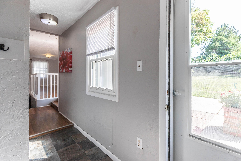 815 Pine St - Hallway - 14