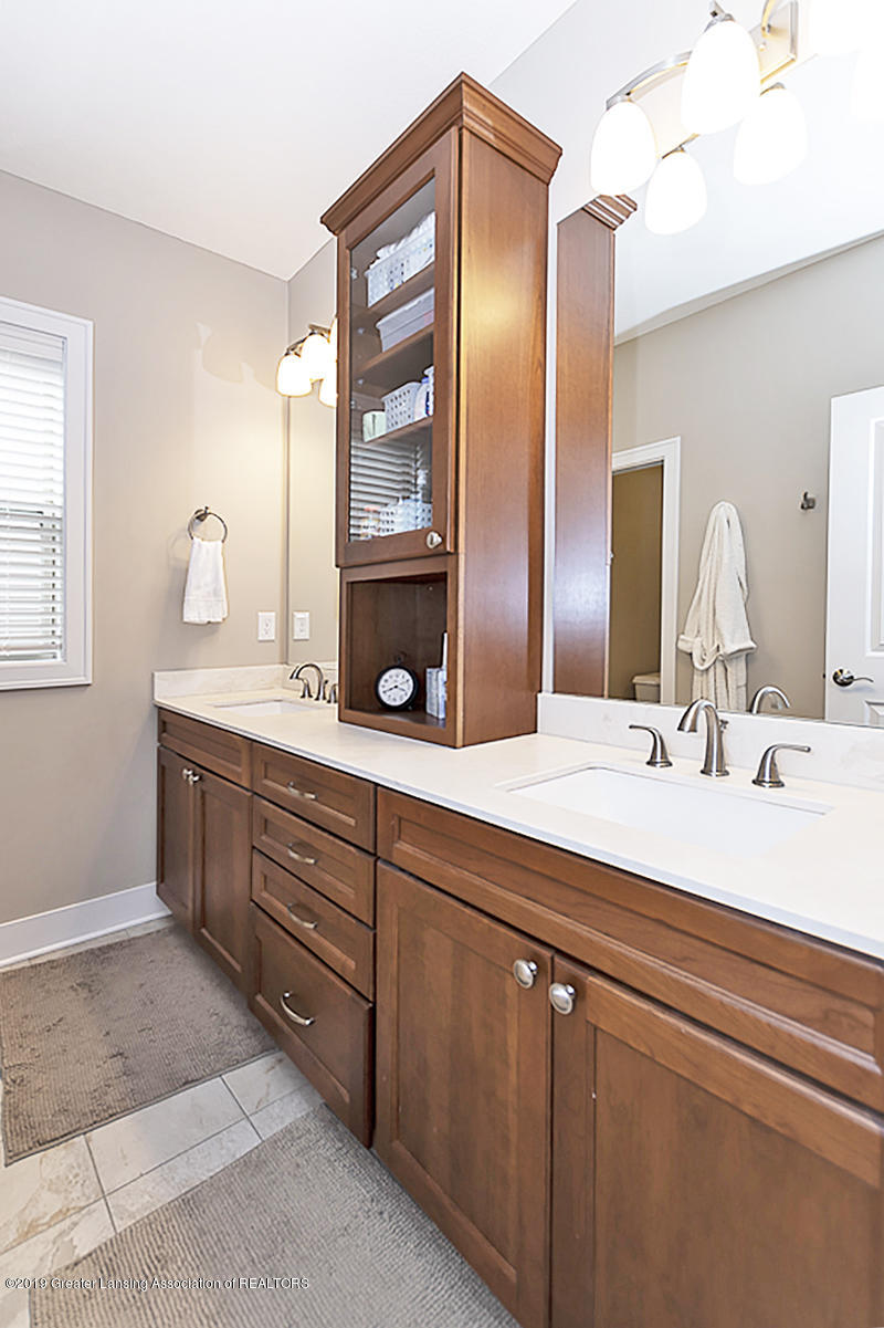 3924 Sierra Heights 39 - Master Bath - 14