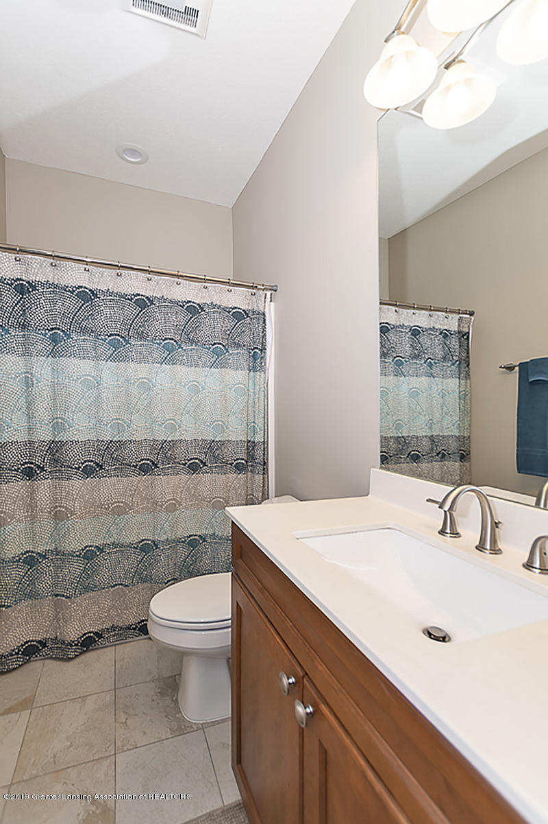 3924 Sierra Heights 39 - Main Bath - 18