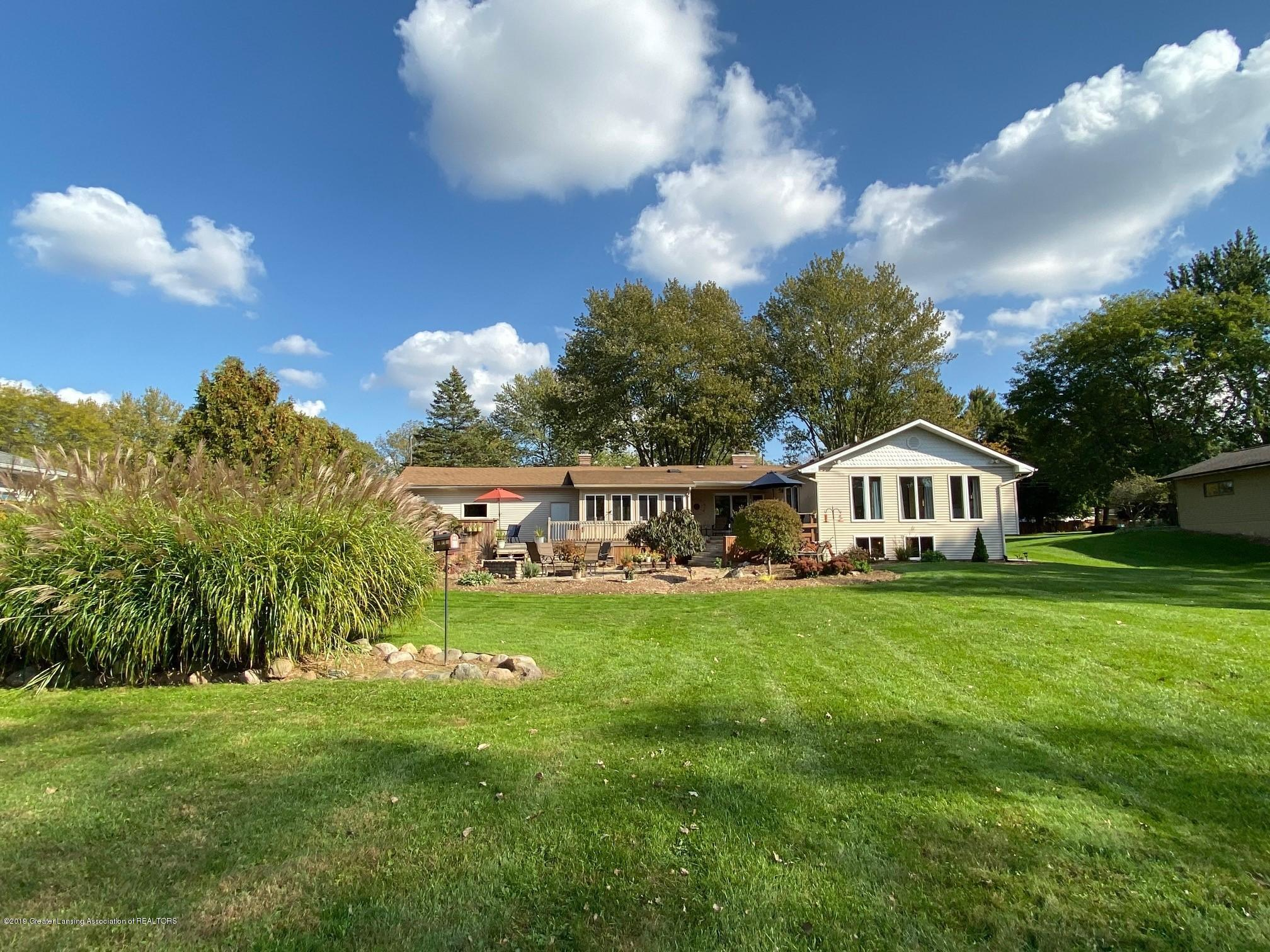 12925 E Melody Rd - A wonderful yard for fun and games - 10