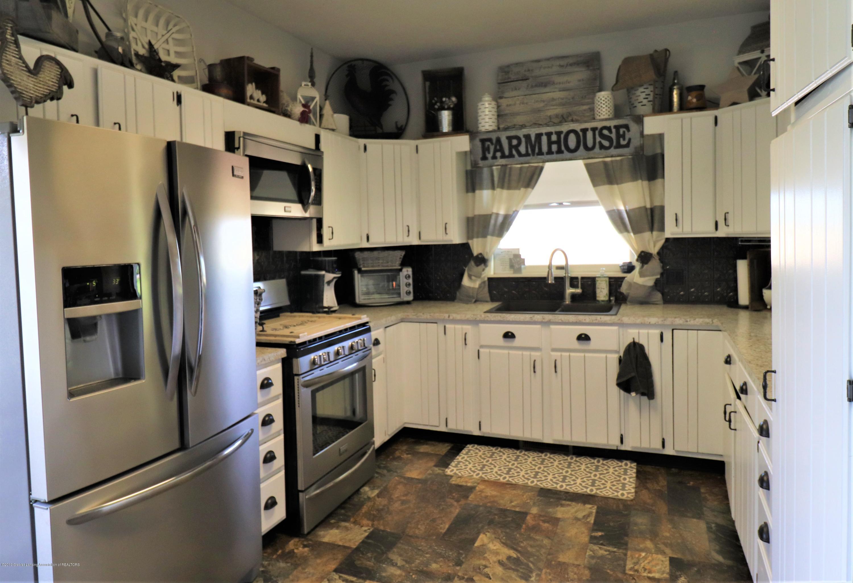 11452 W Vermontville Hwy - 9 Kitchen - 9