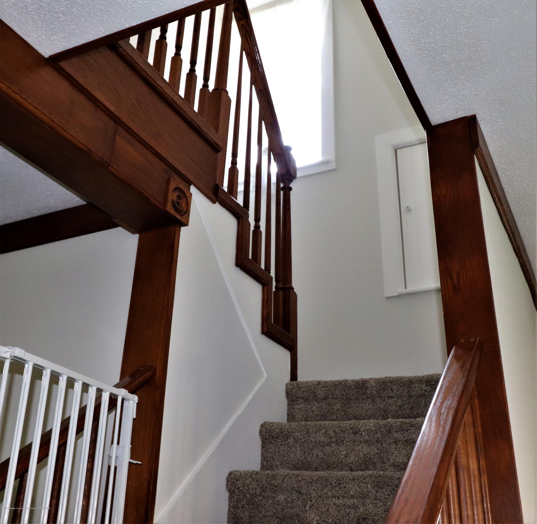 11452 W Vermontville Hwy - 19 Stair case up - 19