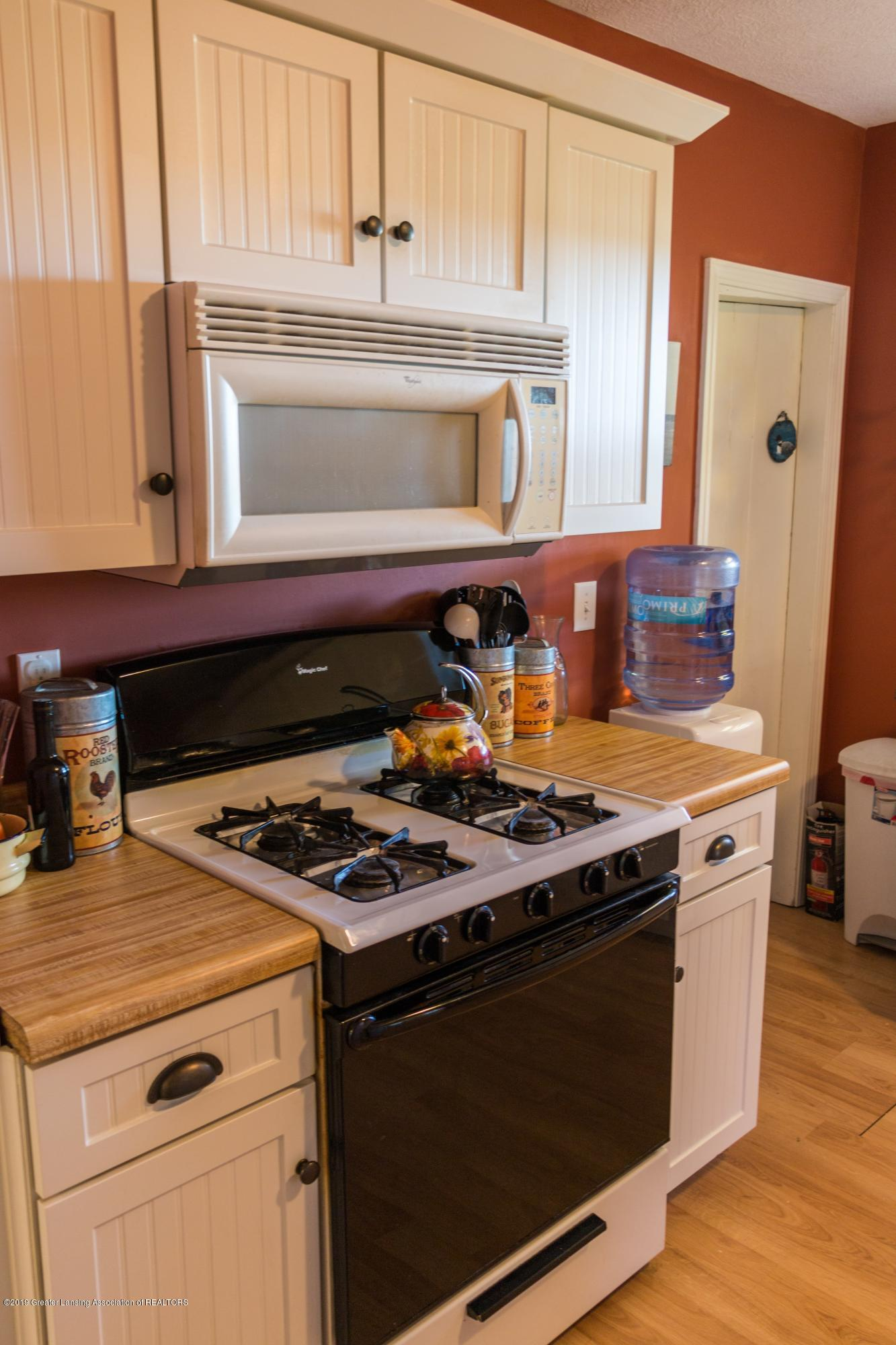 5350 N Welling Rd - kitchen - 9