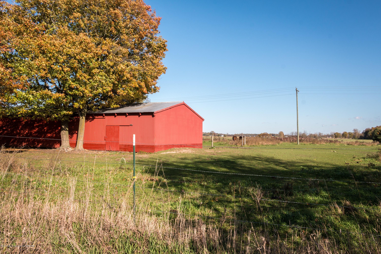 5350 N Welling Rd - barn - 37