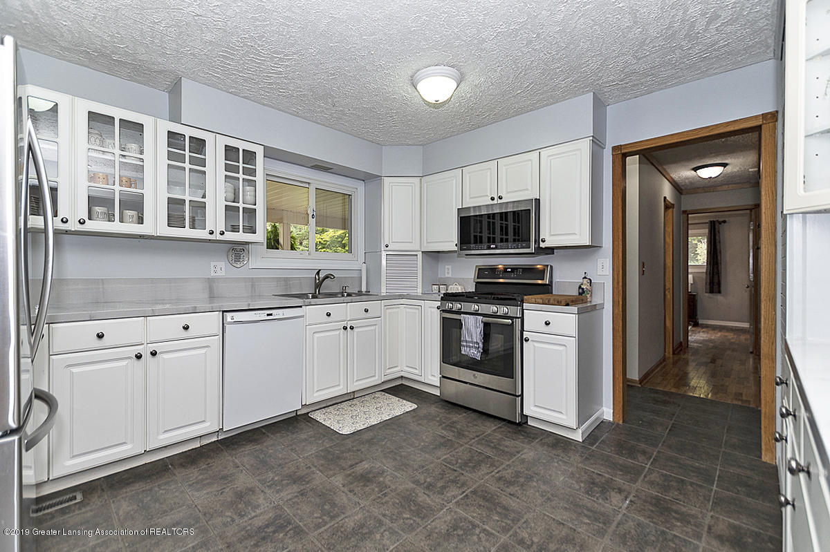 12925 E Melody Rd - Kitchen - 3
