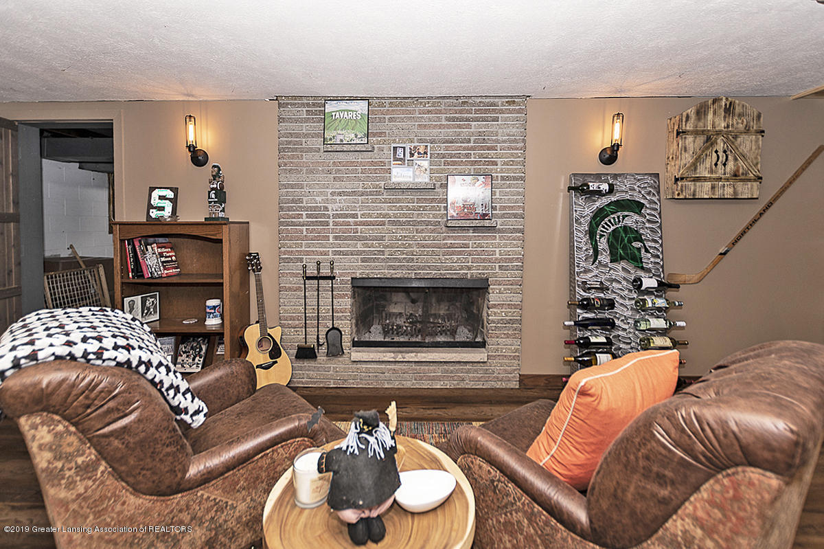 12925 E Melody Rd - Living room and 2nd fireplace - 14